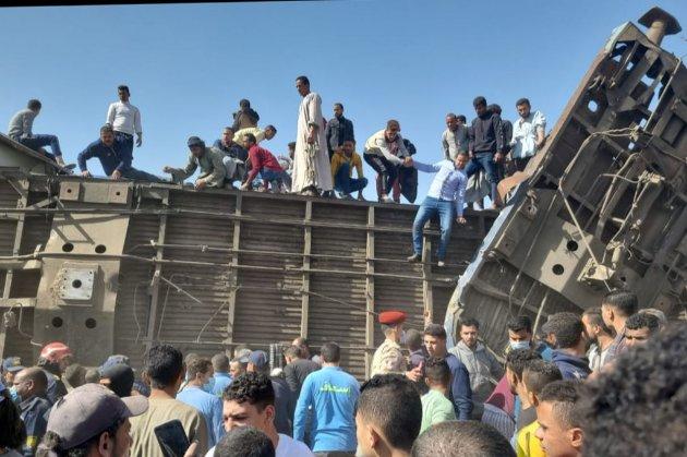 У Єгипті зіткнулися потяги. Щонайменше 32 людини загинули