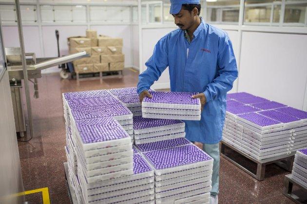ЮНІСЕФ очікує, що Індія поновить експорт AstraZeneca у травні