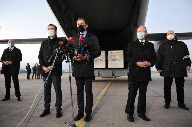 У Словаччині триває політична криза через «Спутник V». Прем'єр іде у відставку