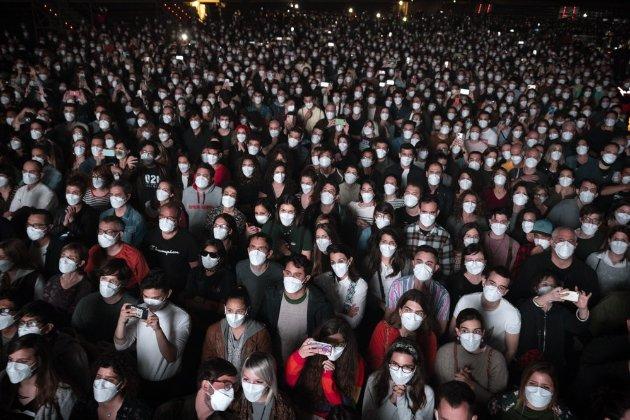 У Барселоні провели «концертний тест» на коронавірус
