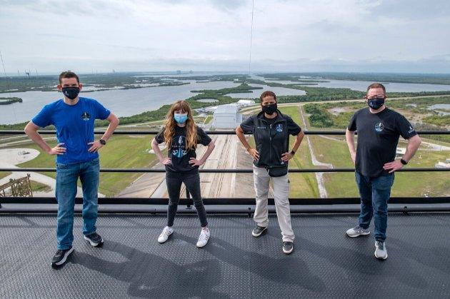 Мільярдер Айзекман вибрав команду для першого комерційного польоту SpaceX
