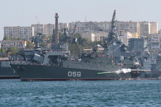 Чорноморський флот в окупованому Криму відпрацює наступальні дії