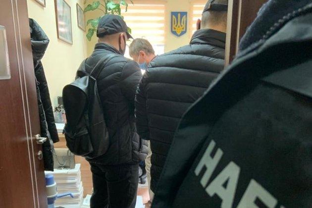 НАБУ затримало брата голови ОАСК Вовка під час отримання хабаря у $100 тисяч
