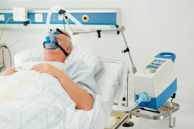 Шмигаль доручив перевірити медзаклади щодо кількості ліжок подачею медичного кисню — блогер