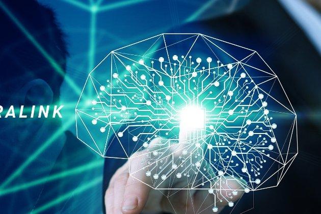 Маск показав мавпу з імплантованим у мозок чипом, яка грає у відеоігри силою думки