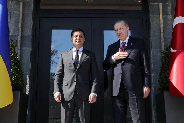 Зеленський говорив з Ердоганом про війну на Донбасі і вільну торгівлю