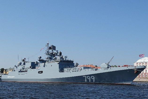 Російські військові кораблі вийшли в Чорне море на «тренування»