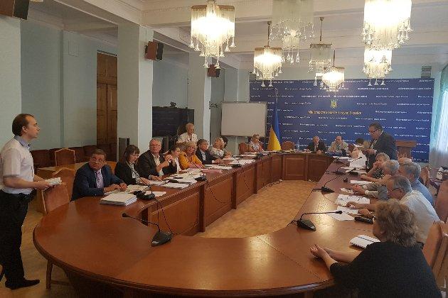 Зеленський підписав закон, що розблоковує захист дисертацій