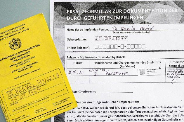 Ангела Меркель щепилася вакциною від AstraZeneca