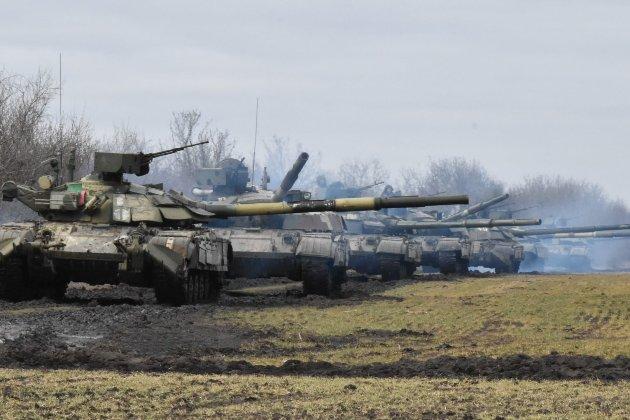 Головнокомандувач ЗСУ закликав не створювати збройні підрозділи на місцях