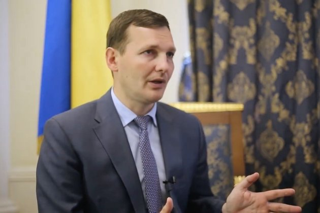 Російські правоохоронці прикинулися, що не впізнали українського консула — Єнін