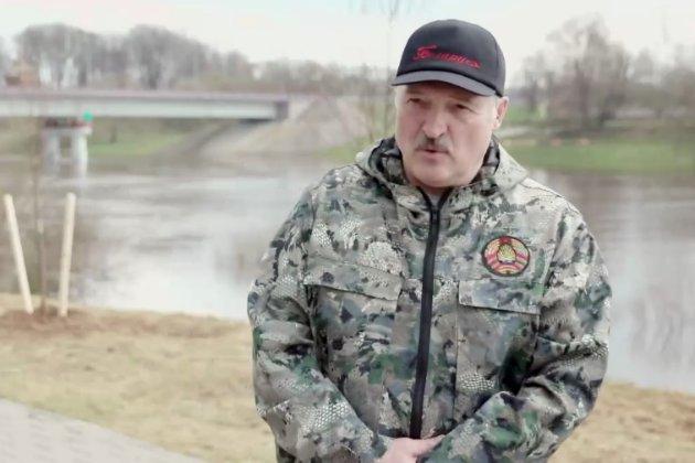Лукашенко та ФСБ заявили про спробу держперевороту в Білорусі