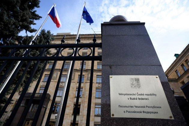 Чеський уряд вражений масштабом висилки своїх дипломатів з РФ і обдумує подальші кроки