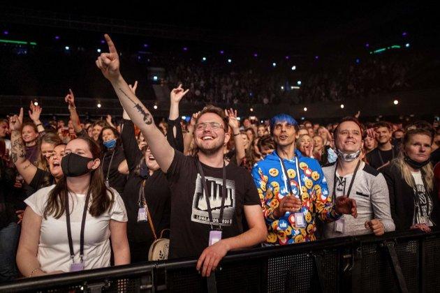 Європейські країни проводять концерти-дослідження, аби вирішити, чи робити фестивалі влітку