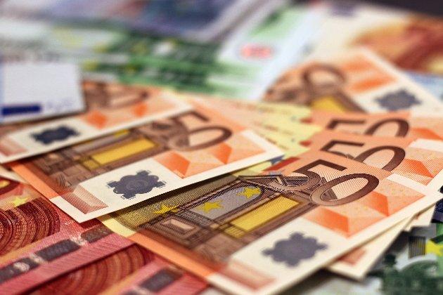 В Італії чоловік 15 років отримував зарплату, не ходячи на роботу