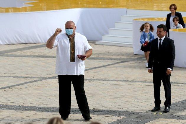 Василя Вірастюка визнали переможцем на довиборах в Раду