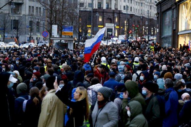 На акціях на підтримку Навального в РФ затримали майже 1,8 тис. осіб
