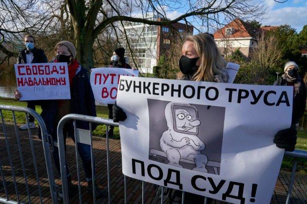 Навальний припинив голодування у в'язниці
