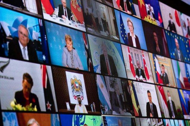 Виступ Макрона на кліматичному саміті перервали виступом Путіна
