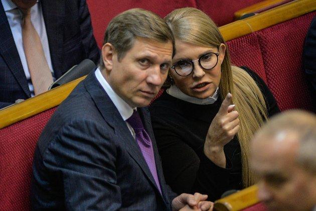 Нардеп Шахов оформив на цивільну дружину нерухомість і бізнес, але в декларації не згадав