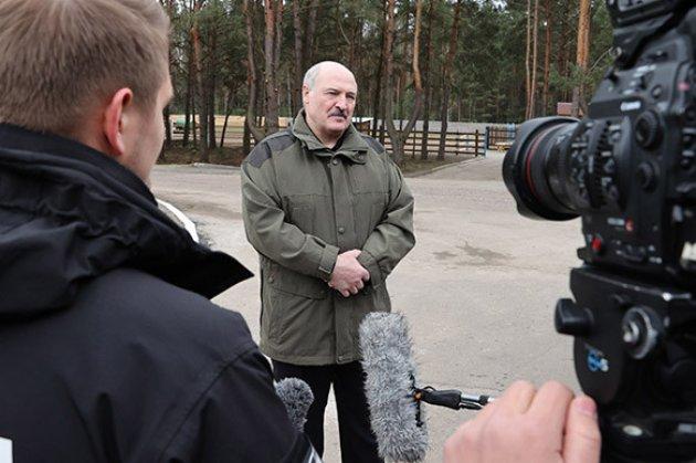 Лукашенко каже, що так звані заколотники мали бюджет $10 млн, а снайпера наймали за $1 млн