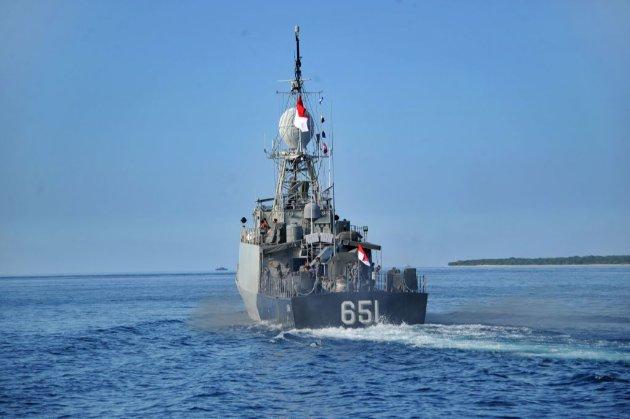 ВМС Індонезії знайшли речі зі зниклої субмарини біля берегів Балі