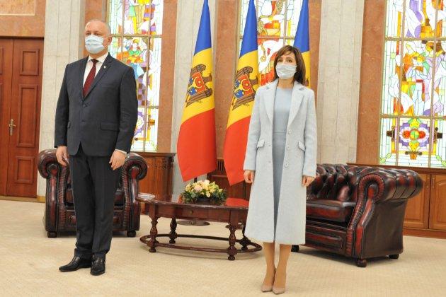 У Молдові депутати парламенту виступили проти Конституційного суду і президента