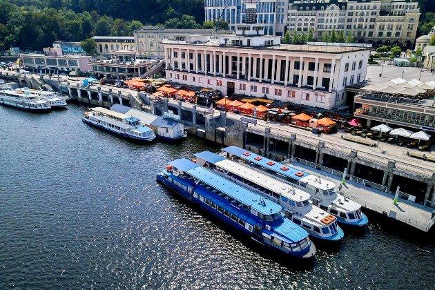 У Києві стартує сезон теплоходів — 1 травня, відразу після локдауну