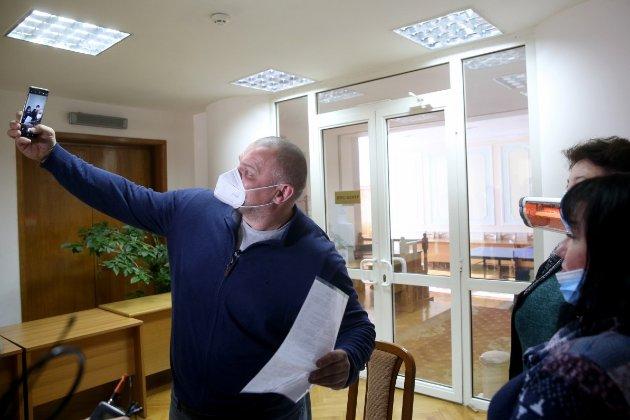 Скандальні вибори на Прикарпатті. Верховний суд скасував протокол ЦВК, згідно якого Вірастюка обрали нардепом