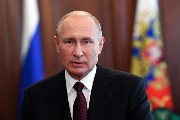 Путін порівняв вакцину Sputnik V з автоматом Калашникова