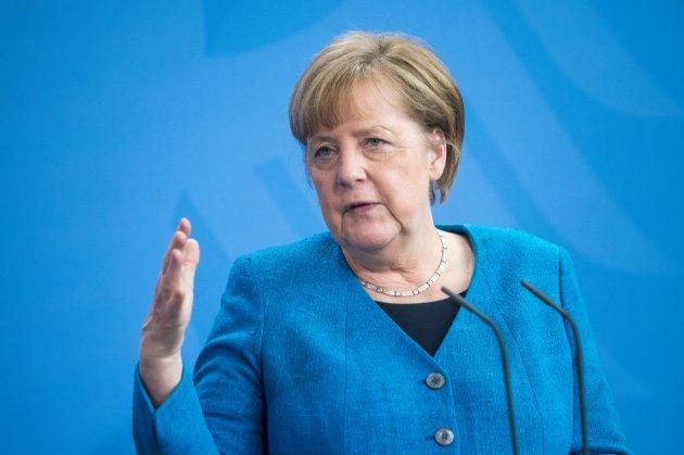 Меркель сподівається, що нещеплені туристи зможуть подорожувати до ЄС цього літа