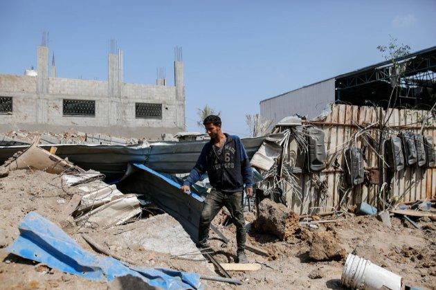 Через ракетні обстріли у Тель-Авіві відкривають бомбосховища. Що відбувається на Близькому Сході?