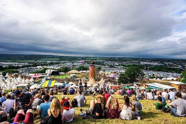 Британський фест Glastonbury прийме цього року до 50 тис. глядачів замість 200 тис.