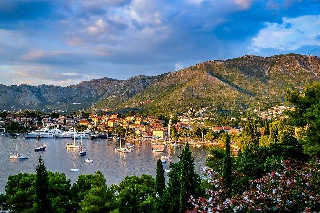 Чорногорія відкриє кордони наступного тижня для всіх туристів