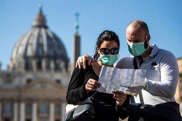 Рада ЄС офіційно дозволила в'їзд до Євросоюзу вакцинованим туристам: умови