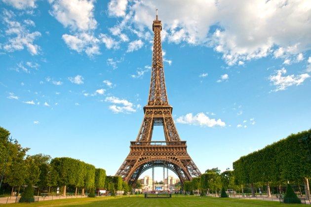 Ейфелеву вежу відкриють для відвідувачів вже 16 липня
