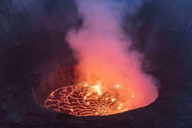 Вулкан в Конго вперше за 19 років почав вивергатися