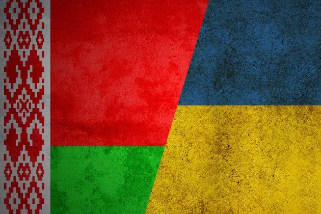 Посол розповів, як українцям повернутися з Білорусі після «закриття неба»
