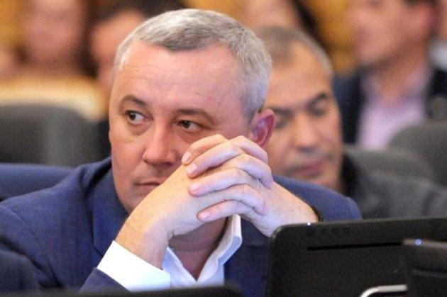 В Україні вперше судитимуть народного депутата за «кнопкодавство»