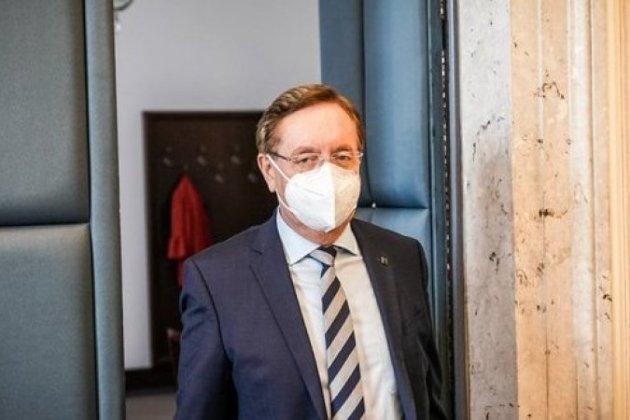 У Чехії з початку пандемії коронавірусу звільнили четвертого главу МОЗ