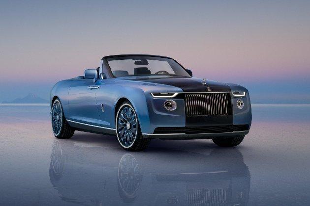 Rolls-Royce представив ексклюзивний кабріолет з холодильником та парасолькою