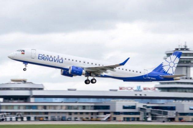 Кабмін із суботи забороняє білоруським літакам літати над Україною