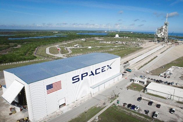Ілон Маск показав новий прототип Starship SN16