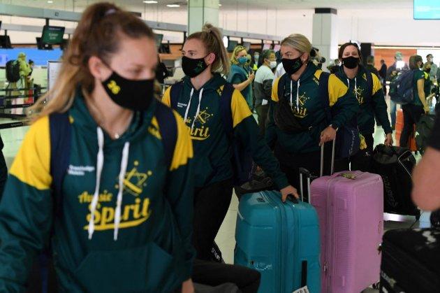 Перші олімпійці відправились до Токіо. Там їхнє пересування буде суворо обмежено