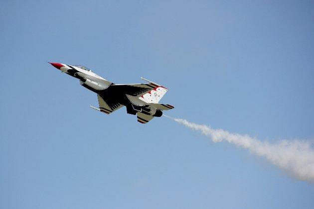 Американська авіакомпанія United планує запустити пасажирські перельоти на надзвукових літаках у 2029 році