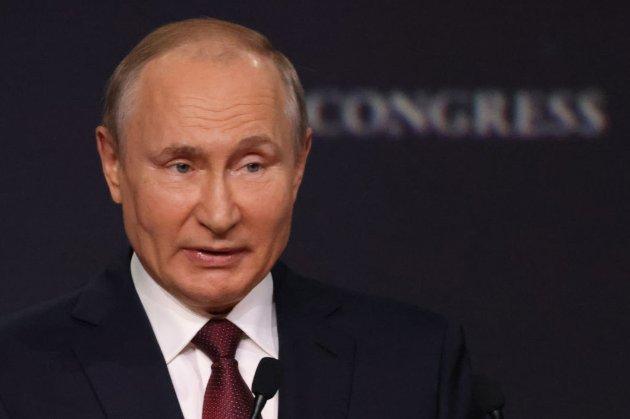 Путін підписав закон про вихід Росії з Договору про відкрите небо