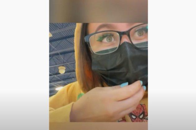 Матір учениці з Техасу вдавала з себе свою доньку в середній школі. Її заарештувала поліція