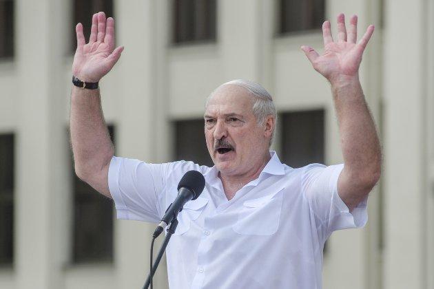 КНУ ім. Шевченка позбавив Лукашенка звання почесного доктора