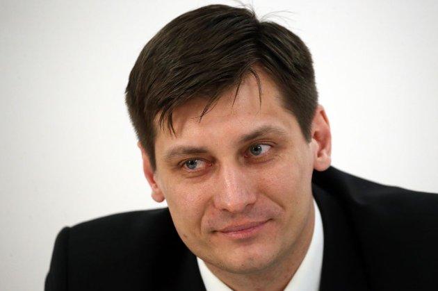 Російський опозиціонер Дмитро Гудков виїхав в Україну через переслідування