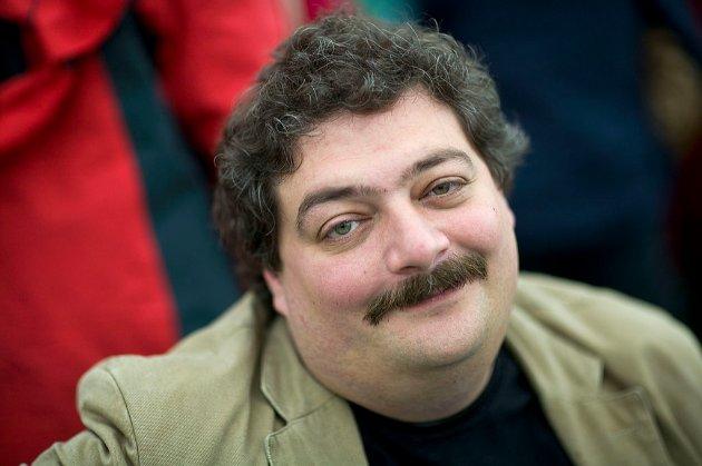 ФСБ могла отруїти російського письменника Бикова «Новачком» — ЗМІ